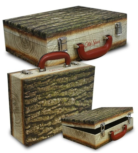 0132 Old Spice ( Wooden Suitcase) L